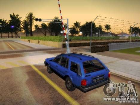 Nissan Bluebird Wagon para GTA San Andreas left
