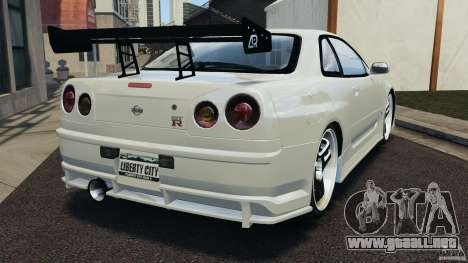 Nissan Skyline GT-R R34 para GTA 4 Vista posterior izquierda