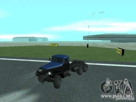 YAZ 214 para GTA San Andreas vista posterior izquierda