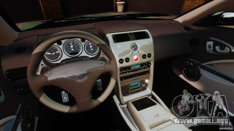 Aston Martin Vanquish 2001 para GTA 4 vista hacia atrás