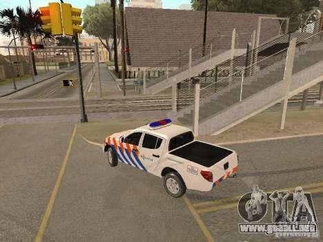 Mitsubishi L200 Police para GTA San Andreas left