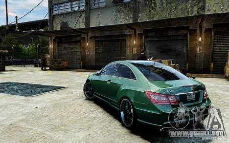 Mercedes Benz E500 Coupe para GTA 4 left