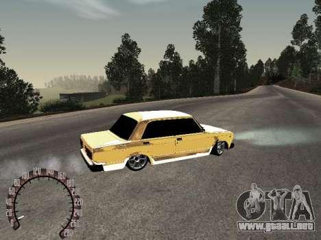 VAZ 2107 oro para GTA San Andreas vista posterior izquierda
