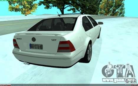 Volkswagen Bora 1.8 para GTA San Andreas vista posterior izquierda