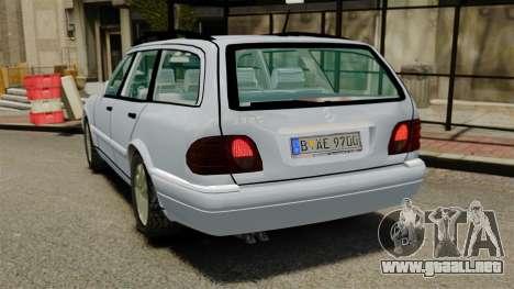 Mercedes-Benz W210 Wagon para GTA 4 Vista posterior izquierda