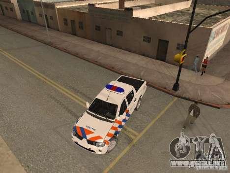 Mitsubishi L200 Police para la visión correcta GTA San Andreas