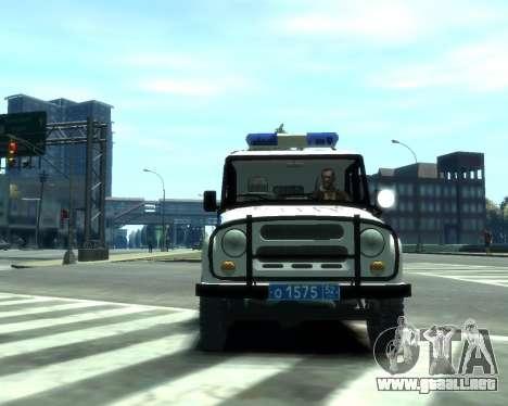UAZ 31512 policía para GTA 4 left