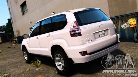 Toyota Land Cruiser Prado para GTA 4 left