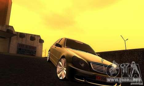 Mercedes-Benz S600 W200 para GTA San Andreas vista hacia atrás