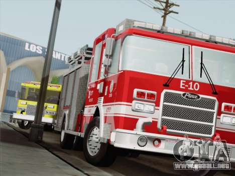 Pierce Saber LAFD Engine 10 para GTA San Andreas left
