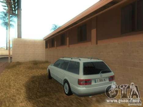 Volkswagen Passat B4 Variant para GTA San Andreas vista posterior izquierda