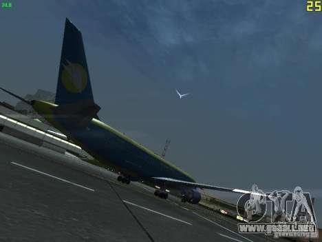 Boeing 767-300 AeroSvit Ukrainian Airlines para la visión correcta GTA San Andreas