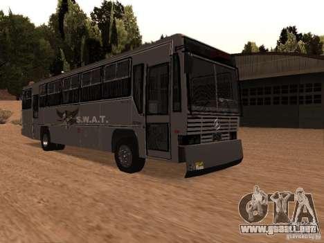 Mercedes Benz SWAT Bus para la visión correcta GTA San Andreas