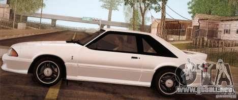 Ford Mustang SVT Cobra 1993 para GTA San Andreas vista posterior izquierda