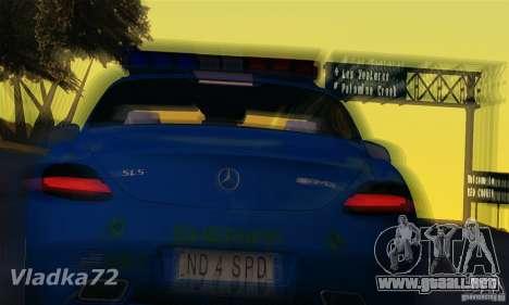 Mercedes-Benz SLS AMG Blue SCPD para GTA San Andreas vista posterior izquierda