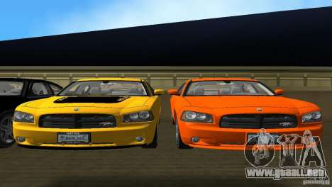 Dodge Charger RT para GTA Vice City vista interior