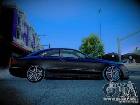 Mercedes-Benz CLK 55 AMG Coupe para visión interna GTA San Andreas