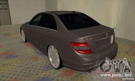 Mercedes-Benz C63 Dub para la visión correcta GTA San Andreas