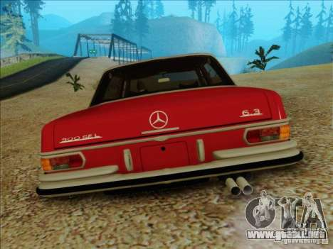 Mercedes-Benz 300 SEL para GTA San Andreas vista hacia atrás