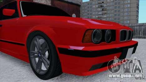 BMW 525i E34 para GTA San Andreas vista hacia atrás