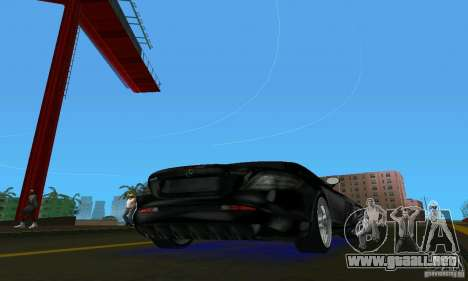 Mercedes-Benz SLR McLaren 722 Black Revel para GTA Vice City visión correcta