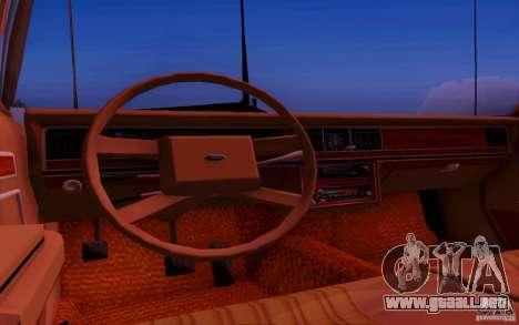 Ford Crown  Victoria LTD 1985 para GTA San Andreas vista hacia atrás