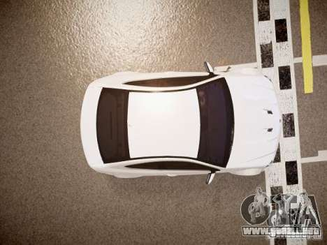 Mercedes-Benz C63 AMG Stock Wheel v1.1 para GTA 4 vista hacia atrás