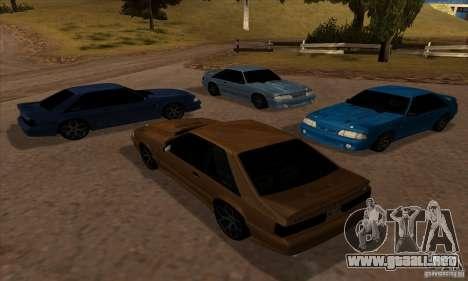 Ford Mustang SVT Cobra 1993 para GTA San Andreas vista hacia atrás