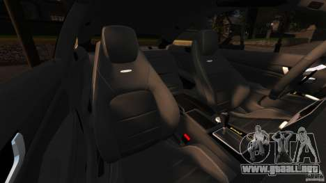 Mercedes-Benz C 63 AMG para GTA 4 vista interior