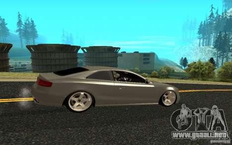 Audi RS5 para GTA San Andreas left
