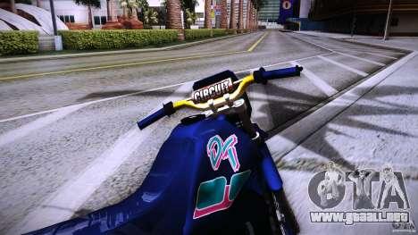 Yamaha DT 180 para GTA San Andreas