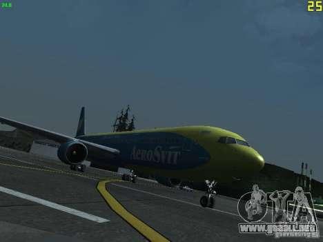 Boeing 767-300 AeroSvit Ukrainian Airlines para GTA San Andreas left