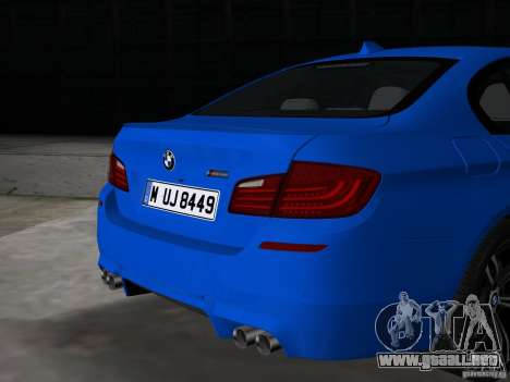 BMW M5 F10 2012 para GTA Vice City vista posterior