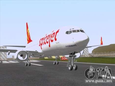 Boeing 737-8F2 Spicejet para GTA San Andreas vista posterior izquierda
