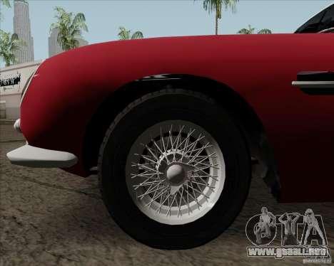 Aston Martin DB5 para visión interna GTA San Andreas