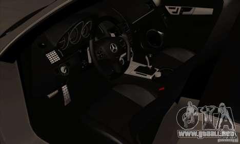 Mercedes-Benz C63 Dub para GTA San Andreas vista hacia atrás