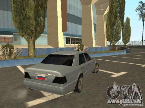 Mercedes-Benz E420 AMG para GTA San Andreas vista posterior izquierda