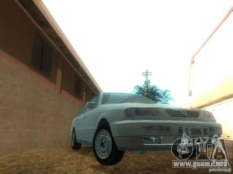 Volkswagen Passat B4 Variant para GTA San Andreas vista hacia atrás