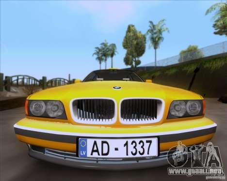 BMW 730i E38 1996 Taxi para la visión correcta GTA San Andreas