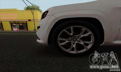 Jeep Grand Cherokee SRT-8 2013 para GTA San Andreas vista hacia atrás