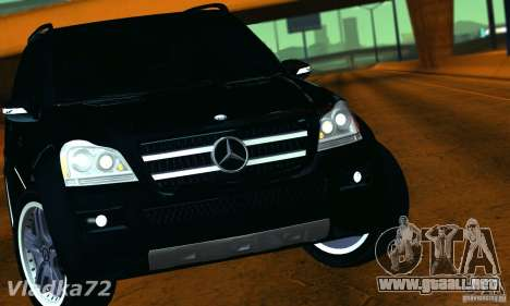 Mercedes-Benz GL500 V.2 para la visión correcta GTA San Andreas