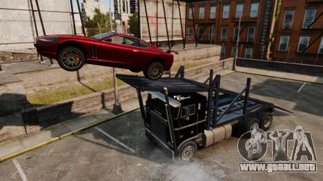 Packer-trampolín para GTA 4 vista hacia atrás