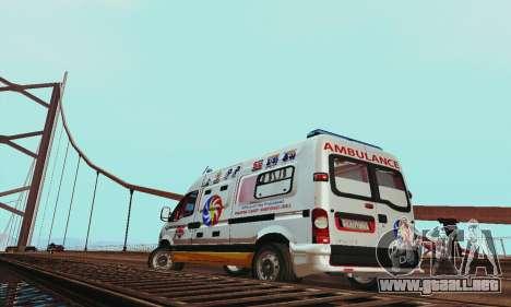 Renault Master PCSO AMBULANCE para la visión correcta GTA San Andreas
