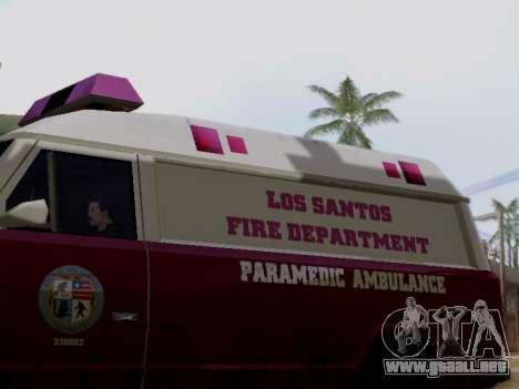 Vapid Ambulance 1986 para GTA San Andreas vista posterior izquierda
