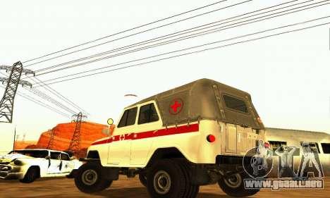 UAZ 469 ambulancia para GTA San Andreas vista posterior izquierda