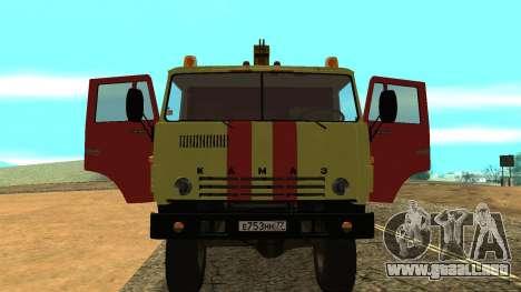 Grúa 43114 KAMAZ para GTA San Andreas vista hacia atrás