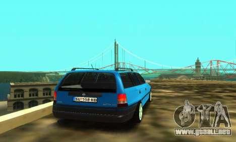 Opel Astra F Caravan para GTA San Andreas vista hacia atrás