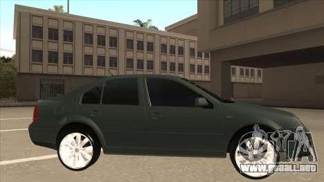 Jetta 2003 Version Normal para GTA San Andreas vista posterior izquierda