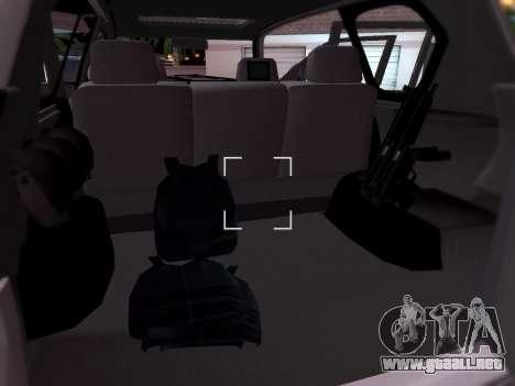 Toyota Land Cruiser POLICE para visión interna GTA San Andreas