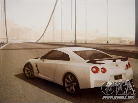 Nissan GT-R R35 Spec V 2010 para la visión correcta GTA San Andreas